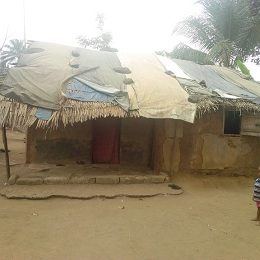 Family of 17 in A'Ibom languishes in a near collapsed, leaked-roof thatched Hut