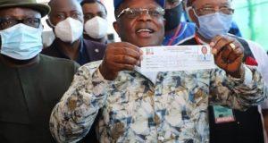 Governor Umahi Performs Revalidation of His APC Membership