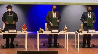 Gov Emmanuel Signs Contract To Host $1.4b Fertilizer Plant